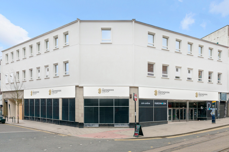1 APARTMENT REMAINING : Crown Hill, Croydon CR0